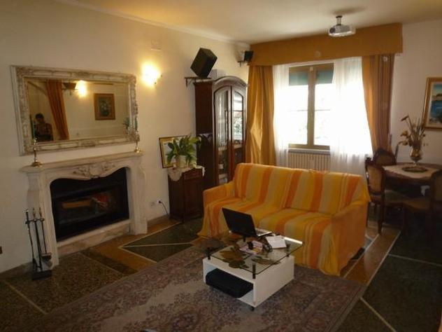 Villetta bifamiliare in vendita a Cascina 140 mq Rif: 379212