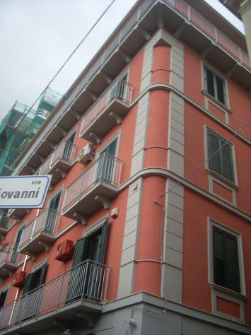 Affittasi appartamento ristrutturato vista mare a salerno