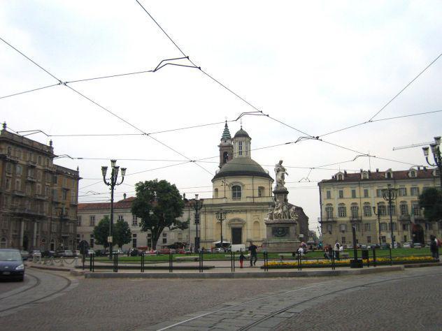 Centro - piazza carlina