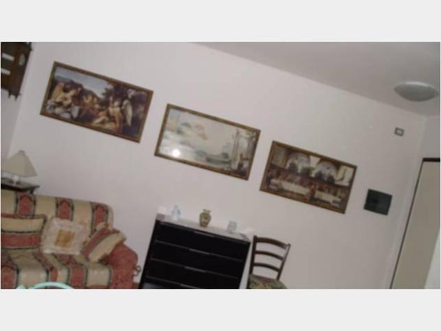 Privato in affitto appartamento centro storico arredato con