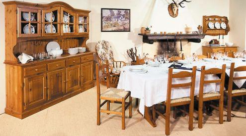 Mobili rustici a prezzo di fabbrica: taverna in legno dal