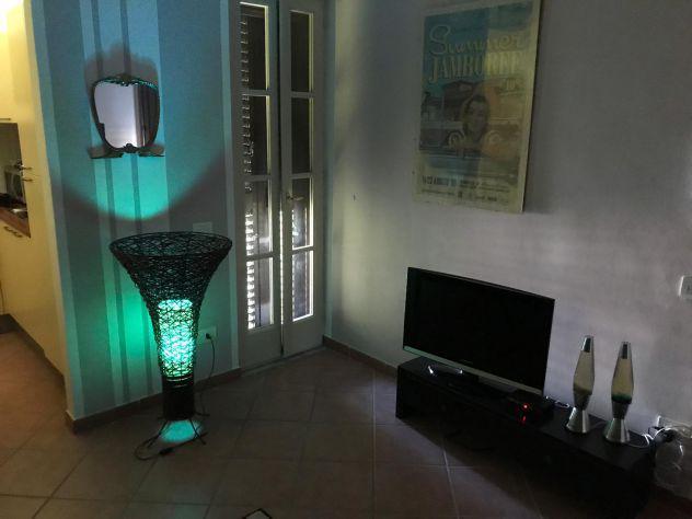 Appartamento affitto a notte con terrazza zona via toscana