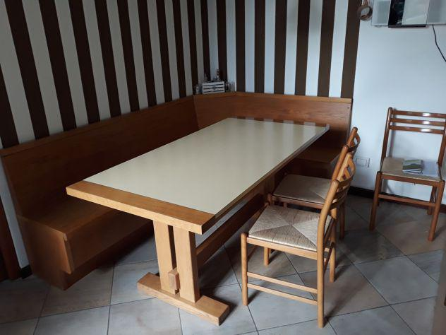 Tavolo con cassapanca