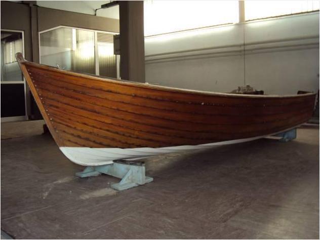 Barca a motore anitrella clementoni anno1968 lunghezza mt3