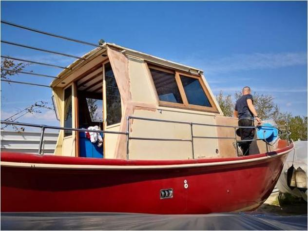 Barca a motore gozzo 9.2 anno2018 lunghezza mt9