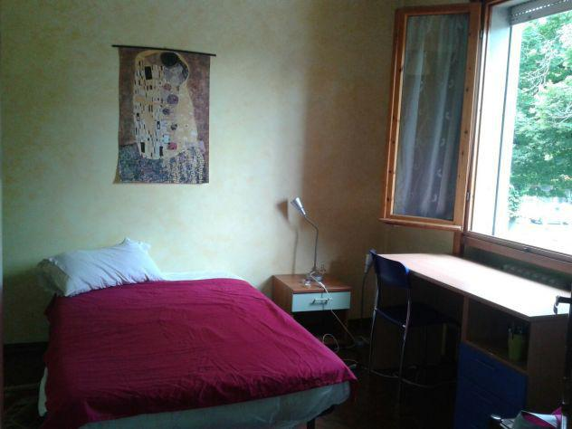Camera singola in appartamento per studenti
