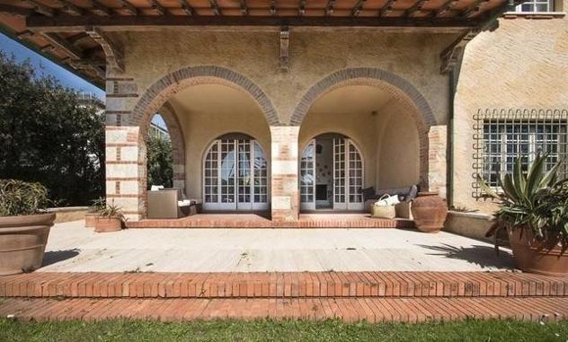 Villa singola in vendita a focette - pietrasanta 300 mq rif: