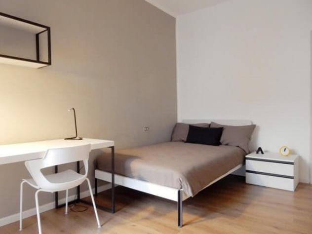 Appartamento di 105 m² con 5 locali in affitto a milano