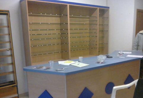 Arredamento per attività di vendita edicola o tabacchi etc.