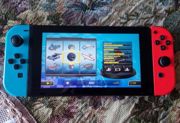 Console nintendo switch con accessori 220