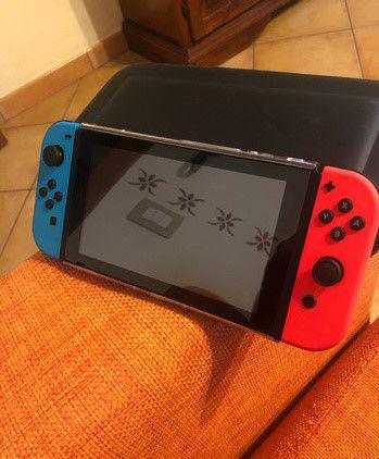 Nintendo switch pari alla nuova+ accessori