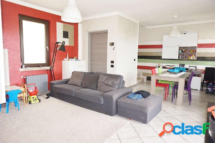 Spazioso appartamento quadrilocale