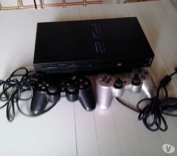 Playstation 2 + 2 joystick+20 videogiochi ps2 e ps1