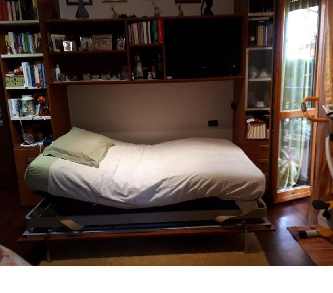 Letto a scomparsa + divano