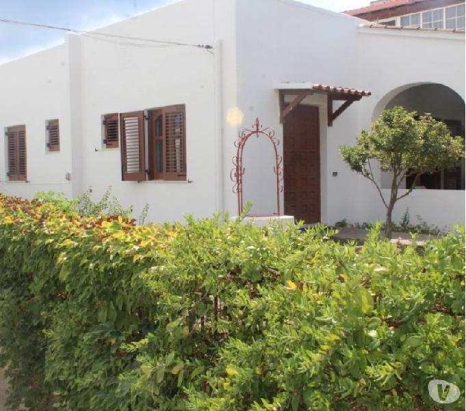 Lipari appartamento con terrazza,giardino,centrale