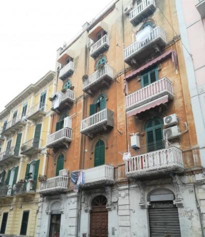 Appartamento di 45 m² con 2 locali in affitto a bari