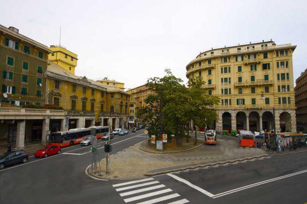 Genova sampierdarena cercasi appartamento affitto