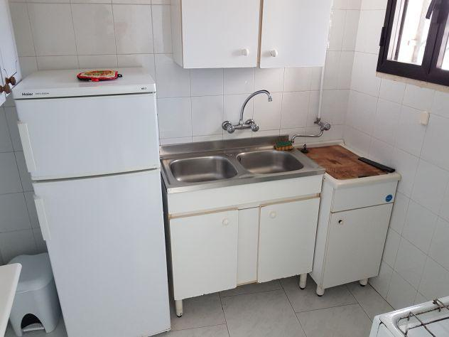 Causa rinnovo vendo mobili da cucina ed altro