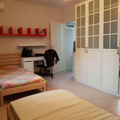 Un posto letto in camera doppia per ragazzo (bagno in