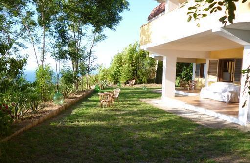 Appartamento giardino veranda vista mare zambrone/tropea