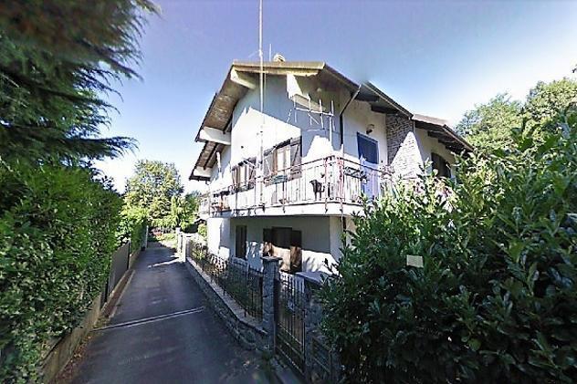Appartamento di 140 m² con 5 locali in vendita a Almese