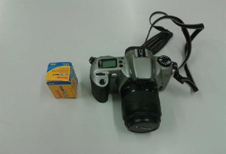 Macchina fotografica canon eos3000n