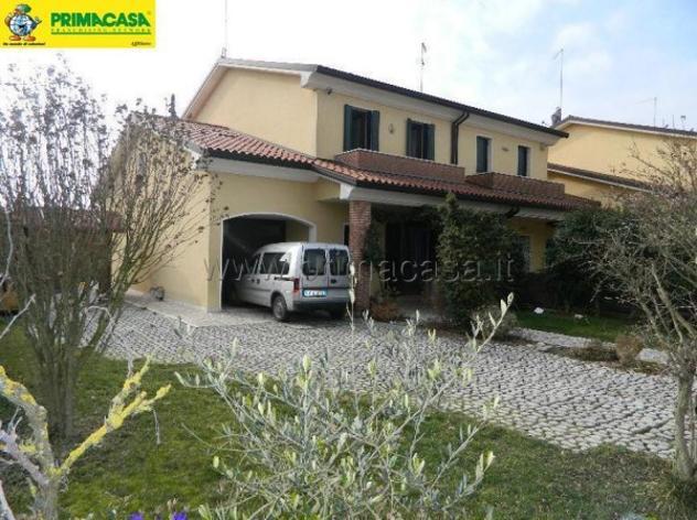 Villetta a schiera di 170 m² con 4 locali e box auto doppio