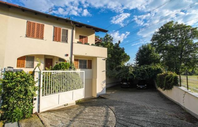 Villetta a schiera di 335 m² con più di 5 locali in