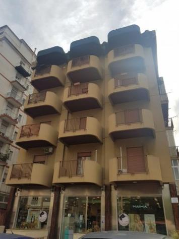 Appartamento di 100 m² con 3 locali in affitto a palermo