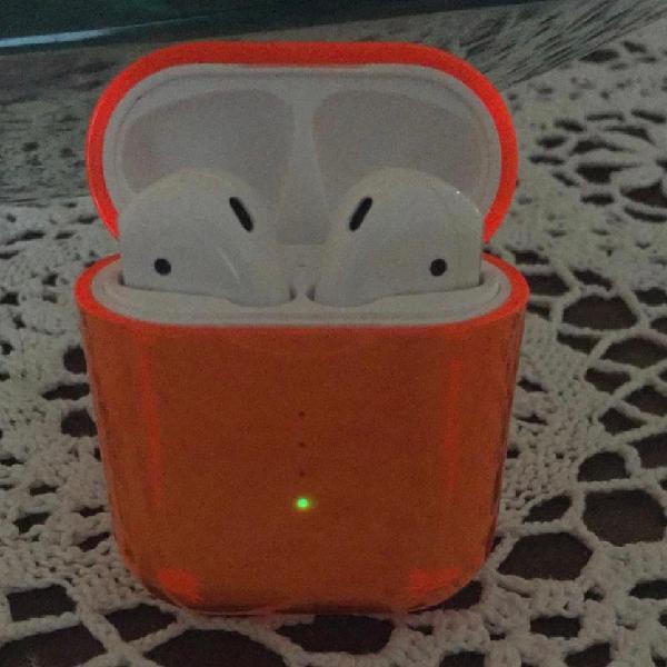 I10tws tuoch control, ricarica wireless e tre cover