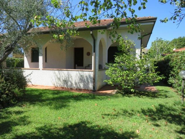 Villa di 110 m² con più di 5 locali in vendita a