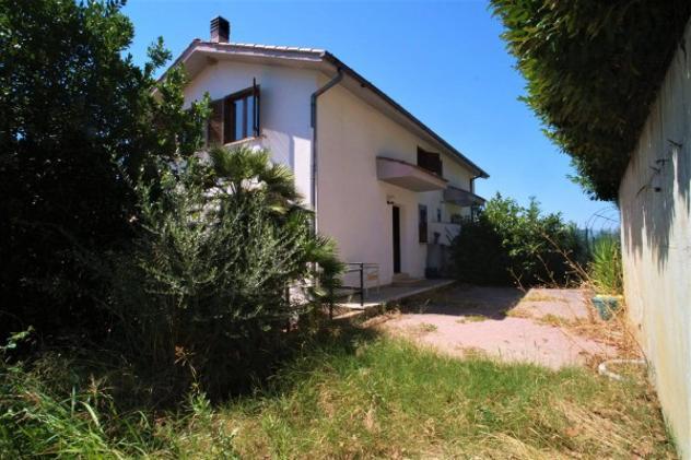 Villa di 118 m² con 3 locali in vendita a scandriglia