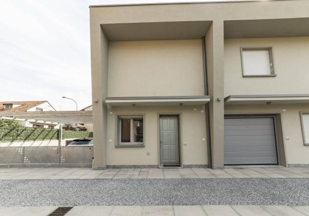 Villa di 150 m² con 3 locali in vendita a cavenago di