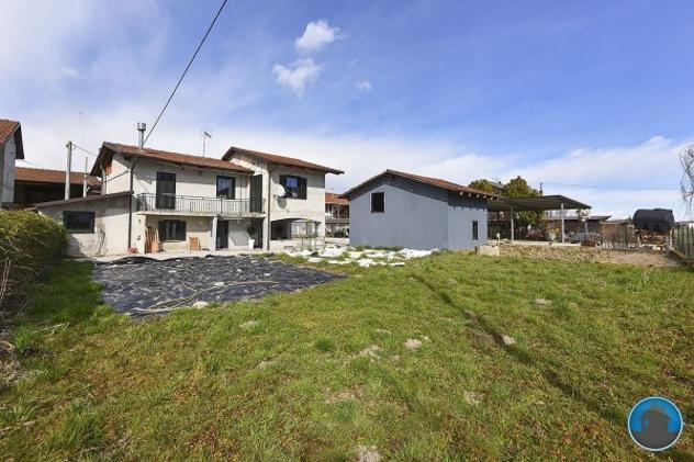 Villa di 158 m² con 5 locali e box auto doppio in vendita a