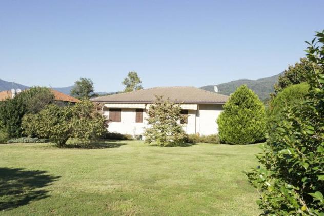 Villa di 219 m² con 4 locali e box auto doppio in vendita a