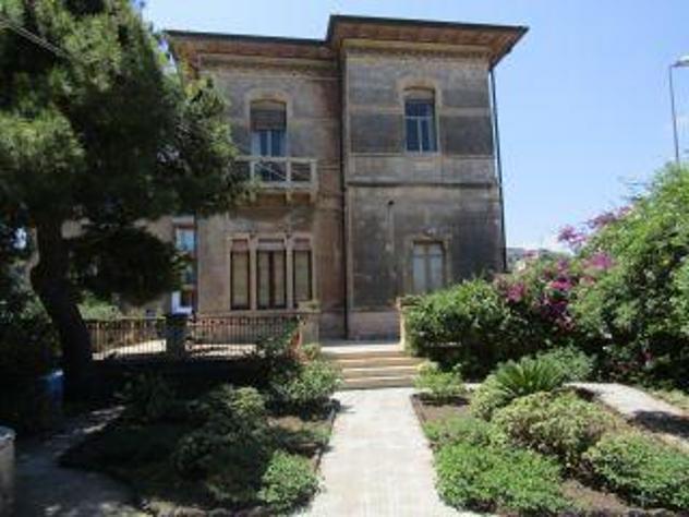 Appartamento in Villa Catania 2 a 14 persone