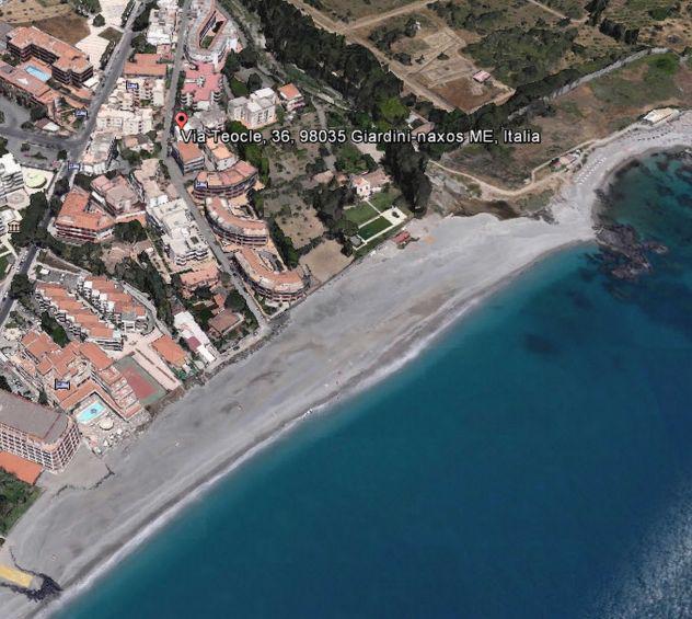 Casa vacanze giardini naxos a due passi dal mare