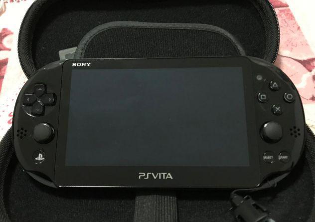 Psvita sony + espansione 16gb + 2 giochi