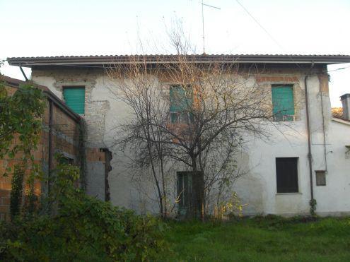 Villetta, rustico al grezzo