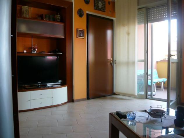 Appartamento di 90 m² con 3 locali e box auto doppio in