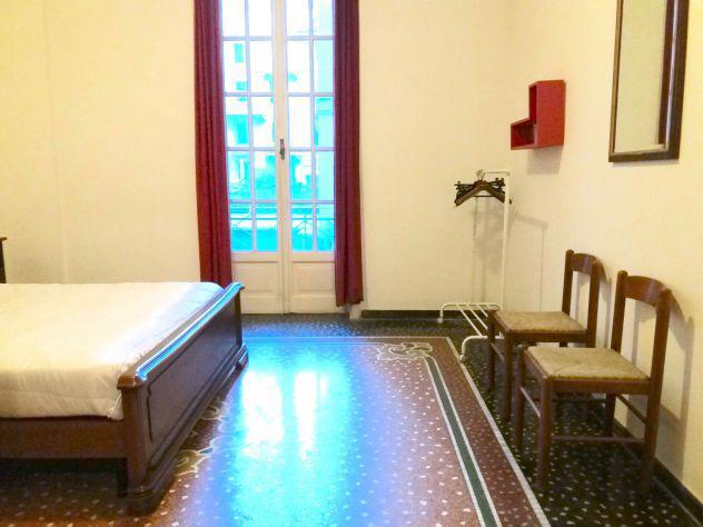 Camera in appartamento signorile, piazza vittorio veneto