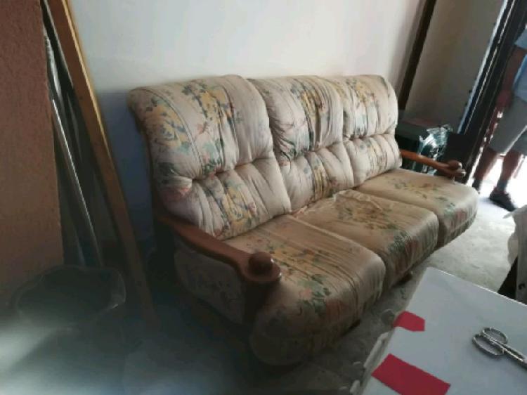 Regalo divano poltrone e sedie