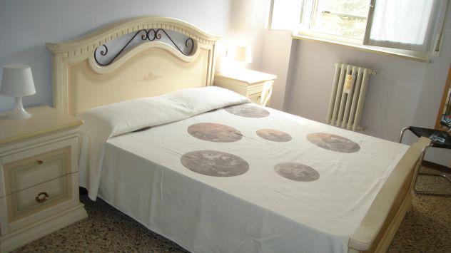Una stanza doppia uso singolo 500 euro spesa compresa