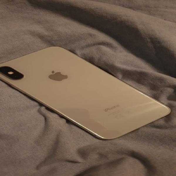 iPhone cs64gb