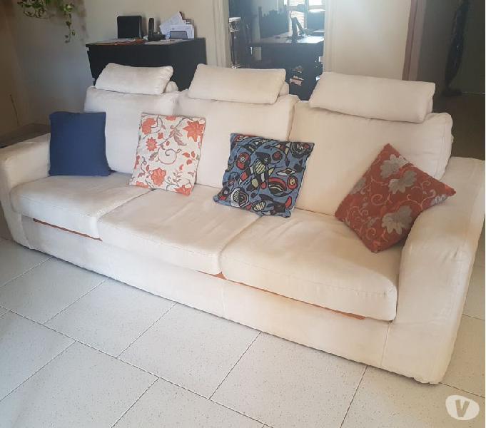 Vendo divano poltrone & sofà