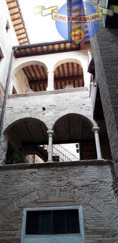 Ascoli piceno - centro - appartamento mq. 135 vicino piazza