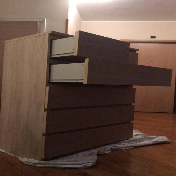 Cassettiera Ikea Malm Usata.Cassettiera Ikea Cassetti Offertes Maggio Clasf
