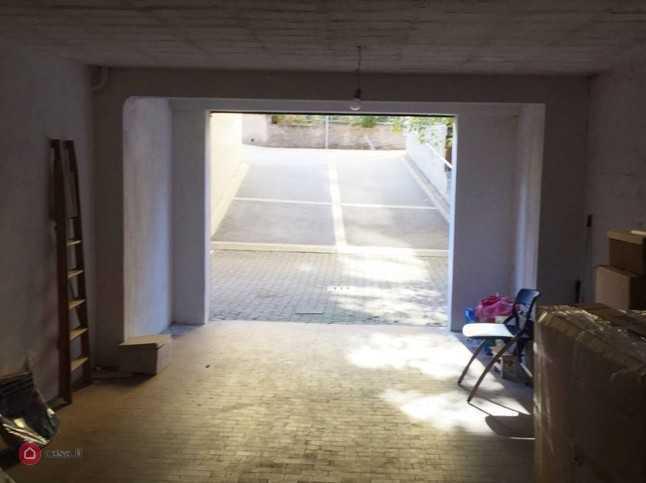 Garage / Posto Auto - Coperto a Bologna