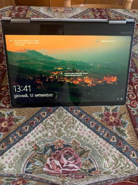 Pc portatile notebook tablet 2 in 1 lenovo yoga 710