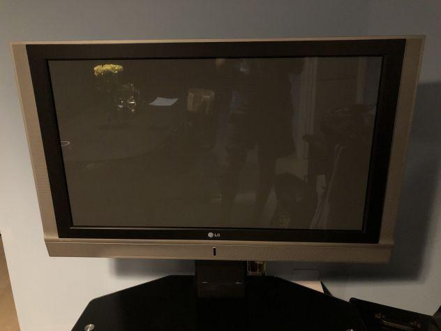 Televisore 42 pollici - lg 42pc1rv3 + decoder